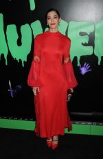 Lizzy Caplan At Huluween Celebration, New York Comic Con