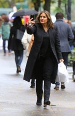 "Mariska Hargitay Braves the rain at the ""Law and Order: SVU"" set in NYC"