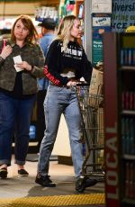 Miley Cyrus Seen grocery shopping in Sherman Oaks