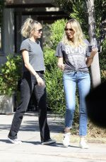 Miley Cyrus Step out for breakfast in Toluca Lake