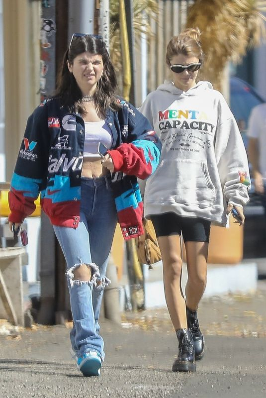Olivia Jade Out for brunch with sister, Isabella Rose Giannulli in Beverly Hills