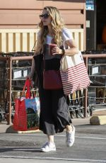 Rachel McAdams At Lassens Natural Food and Vitamins after grocery shopping in Los Angeles