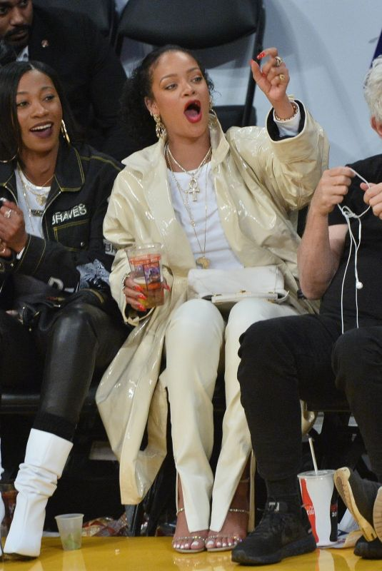 Rihanna Cheers from her courtside seat at the Lakers vs. Utah Jazz game at the Staples Center in Los Angeles
