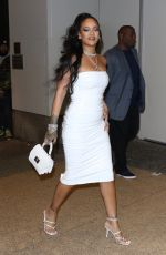 Rihanna Is jaw-dropping in all white as she arrives at her hairstylist Yusef Williams