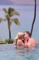 Tori Spelling On vacation in Hawaii