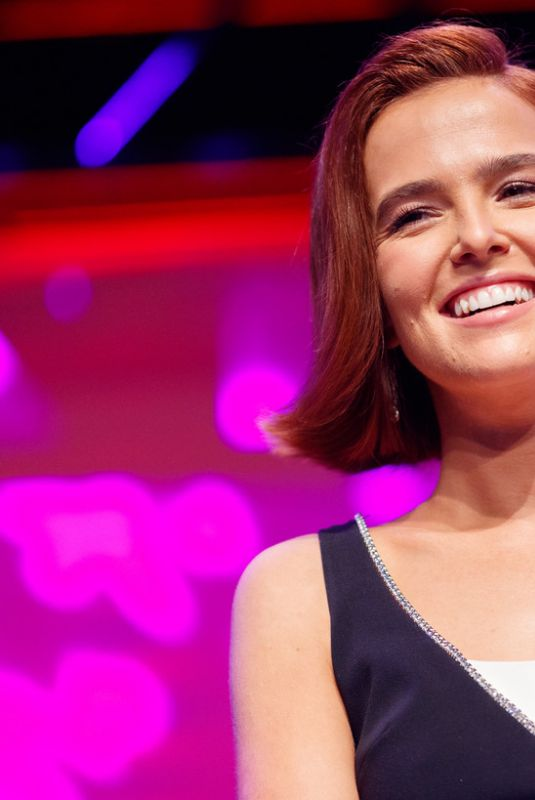 """Zoey Deutch At """"Zombieland 2"""" Panel and Surprise Screening in Los Angeles"""