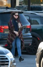 Anne Hathaway Out for errands with Adam Shulman in Connecticut