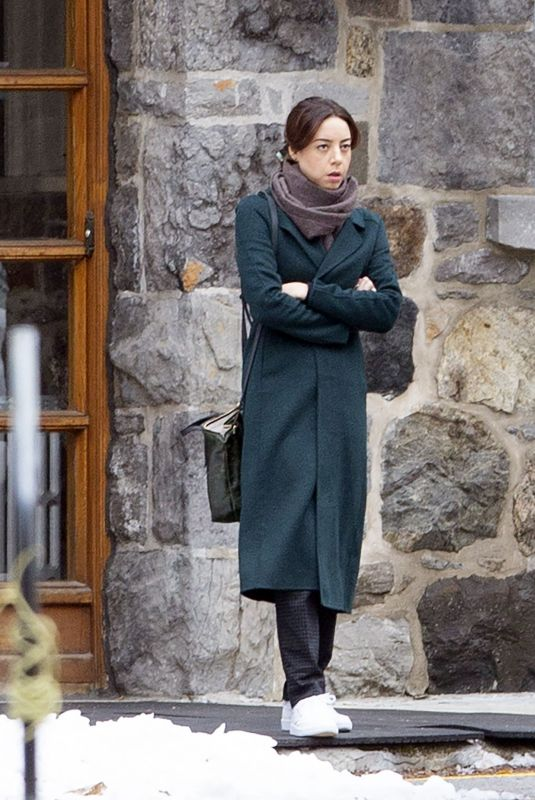 Aubrey Plaza On the set of