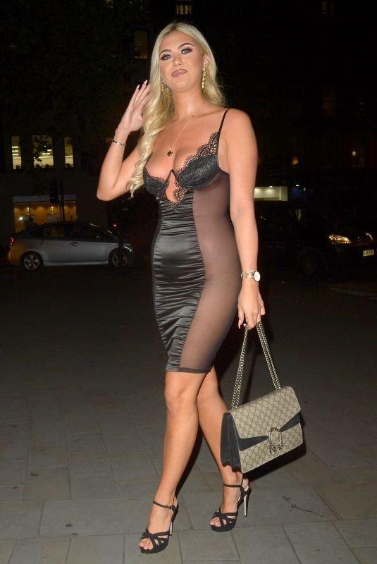 Belle Hassan Attends the Lipstick and Champagne Party at STK in London