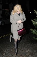 Courtney Love Attempts to lay low as she arrives at Chiltern Firehouse in London