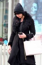 Daisy Lowe Looks fresh faced as she leaves