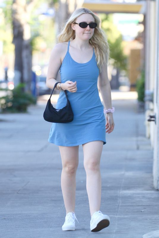 Dakota Fanning Arriving for her nail appointment in Studio City