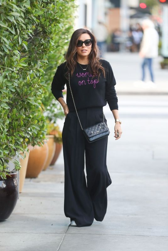 Eva Longoria Puckers her lips after dining at celeb hotspot E. Baldi in Beverly Hills