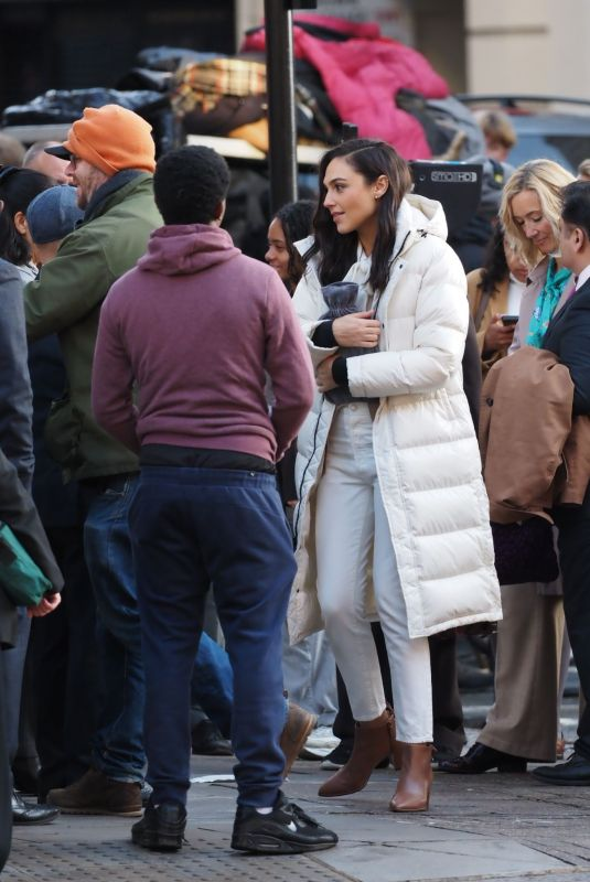 Gal Gadot Filming a commercial in central London