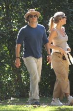 Gwyneth Paltrow and Brad Falchuk going back home after fire evacuation