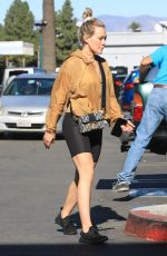 Hilary Duff Grocery shopping at Ralph