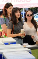 Isabelle Fuhrman Shops the farmers market with friends in LA