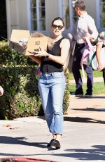 Jennifer Garner Picking up the kids from a Halloween party in Brentwood