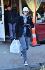 Kaia Gerber Leaving Magnolia Bakery in NYC