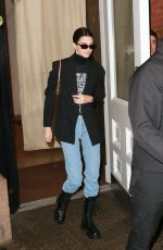 Kendall Jenner Leaves her hotel in NYC