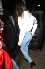 Kendall Jenner Out wearing blue jeans in NY