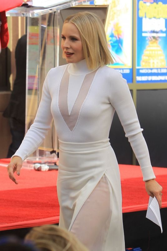 Kristen Bell Reciving a star on the Hollywood Walk of Fame in Hollywood