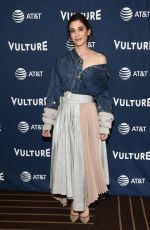 Lizzy Caplan At Vulture Festival Los Angeles 2019