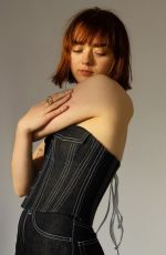 """Maisie Williams teams up with """"Weekday Official"""" Denim Basque"""