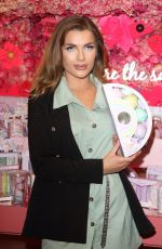 Maria Wild Attends the Beauticology x Elan Cafe Launch in Knightsbridge, London