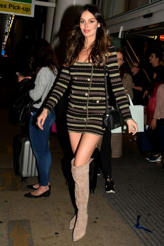 Nicole Trunfio Arriving at Sydney Airport in Australia