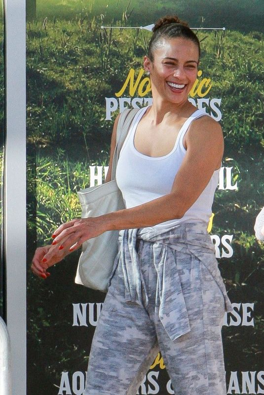 Paula Patton Out and about, Calabasas