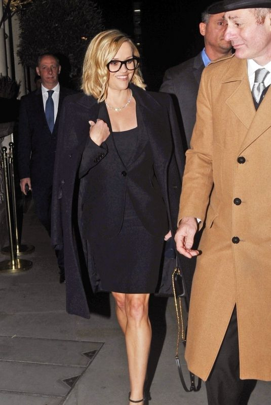 Reese Witherspoon Seen leaving her hotel in London