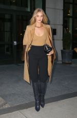 Rosie Huntinghton-Whiteley Starts her day strong in a fashionable outfit in New York