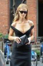 Rosie Huntington-Whiteley Leaves her hotel in NYC