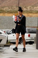 Scheana Shay Is make-up free grabbing lunch in the rain while in Palm Springs
