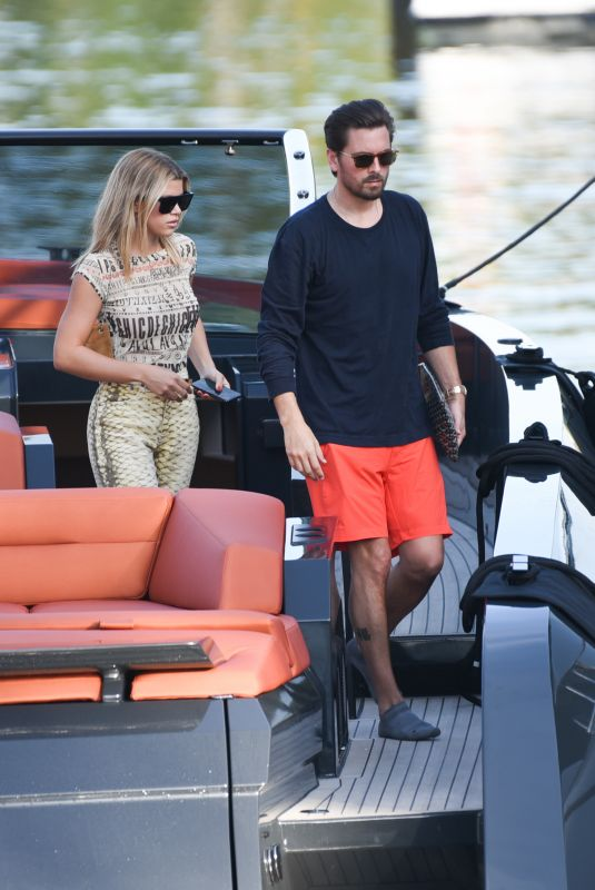 Sofia Richie and her beau Scott Disick are spotted enjoying a sunshine boat trip in Miami