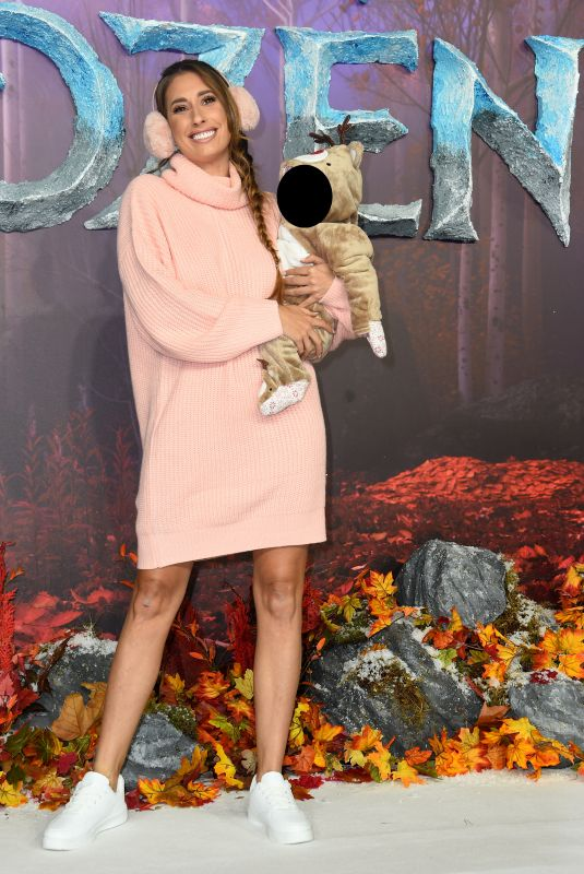 Stacey Solomon At The European Premiere of Frozen 2 in London