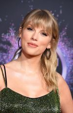 Taylor Swift At 2019 American Music Awards in LA