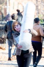 Anna Kendrick Carries her mattress through Tompkins Square Park in NYC