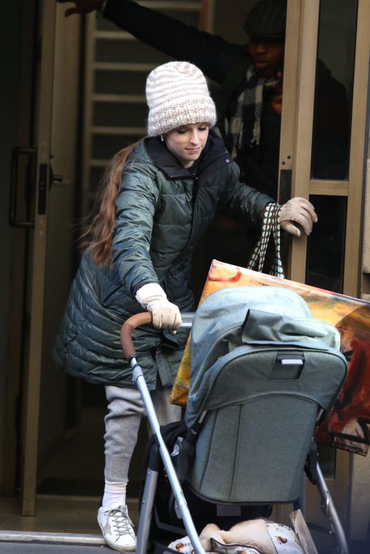 Anna Kendrick Filming a scene for her new TV series Love Life in the West Village