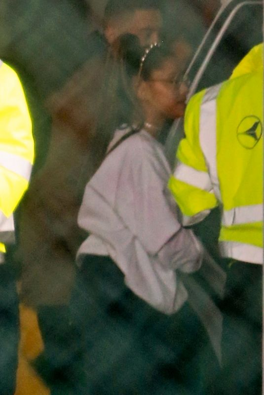 Ariana Grande Leaving on a private flight out of LA
