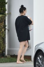 Ariel Winter Gets a delivery to her house in LA