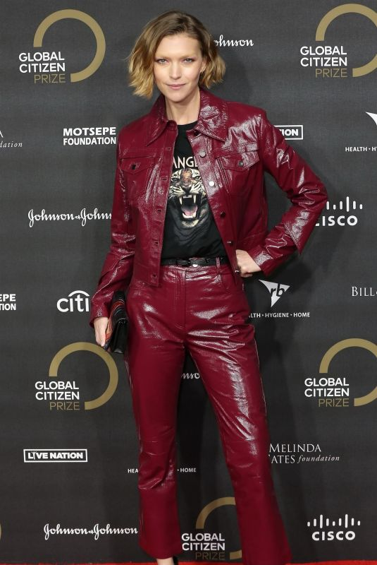 Arizona Muse At Global Citizen Prize 2019 at Royal Albert Hall in London