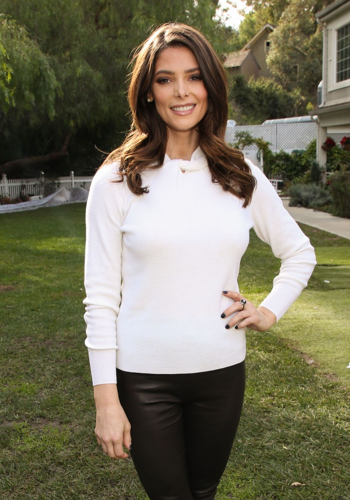 Ashley Greene On Hallmark Channel's 'Home & Family' to discuss new movie Christmas on My Mind in ...