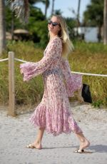 Daphne Groeneveld Seen on Miami Beach
