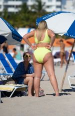 Iskra Lawrence Shows Off Her Baby Bump In Miami Beach