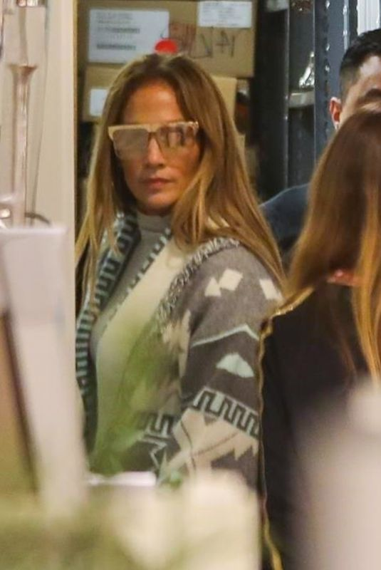 Jennifer Lopez Shopping in Beverly Hills