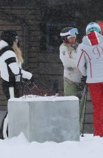 Jessica Simpson Seen on vacation in Aspen