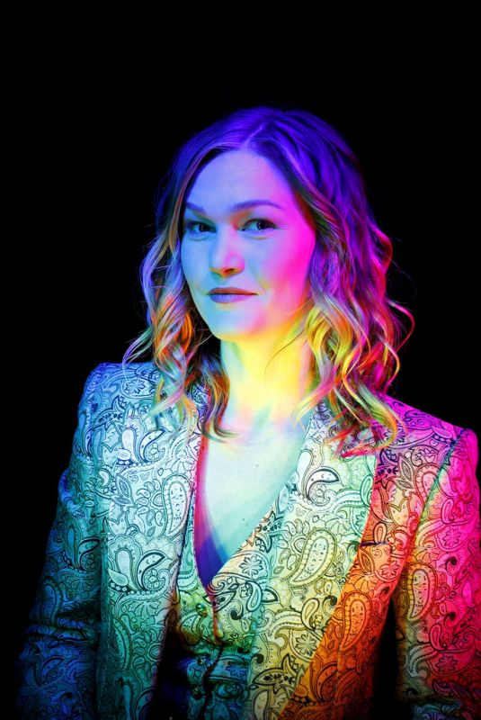 Julia Stiles At Refinery29 Presents 29Rooms New York: Expand Your Reality Experience