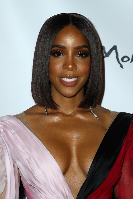 Kelly Rowland At Miss America 2020 Competition at Mohegan Sun Casino Resort in Uncasville, Connecticut